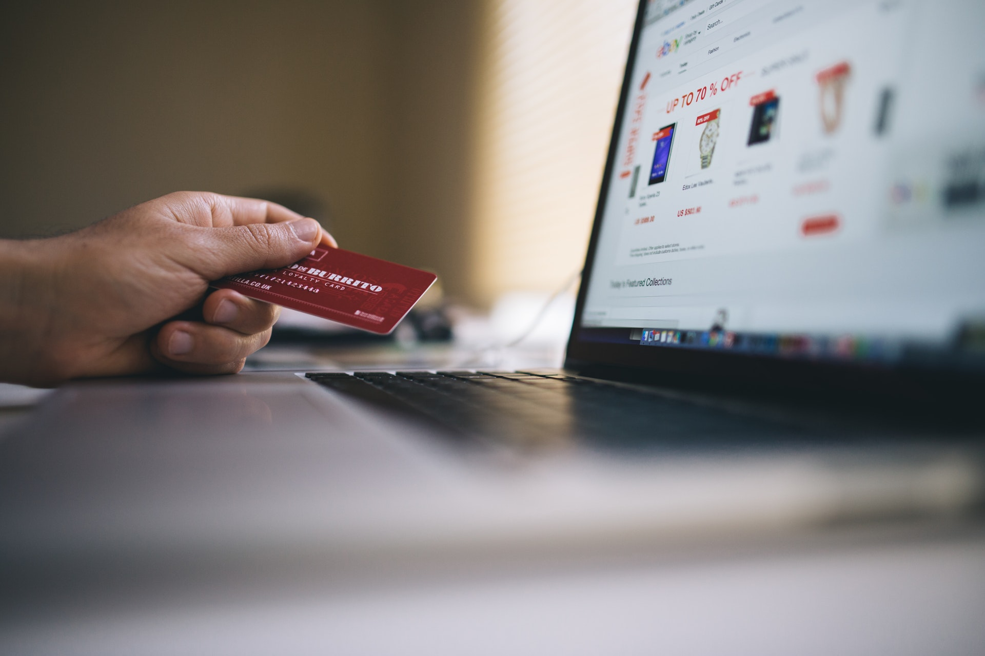 How to Accept Credit Cards Securely for Retail / E-Commerce